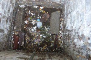 Une fosse à compteur remplie d'eau !